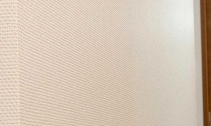 姫路市で断熱性能の高い紙クロスの施工事例