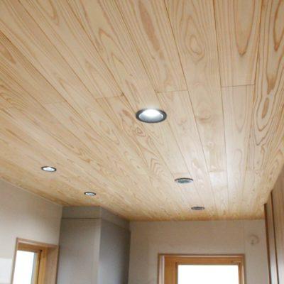 無垢板天井